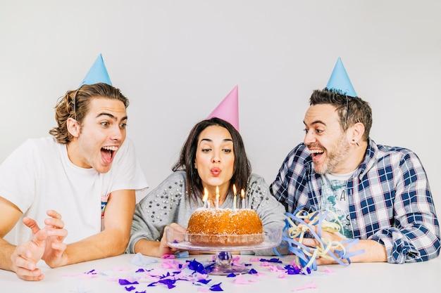 Geburtstagsfeierkonzept mit freunden