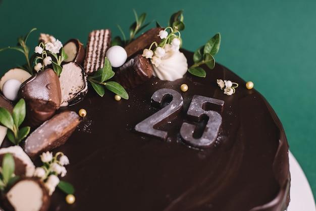 Geburtstagskuchen. 25 jahre