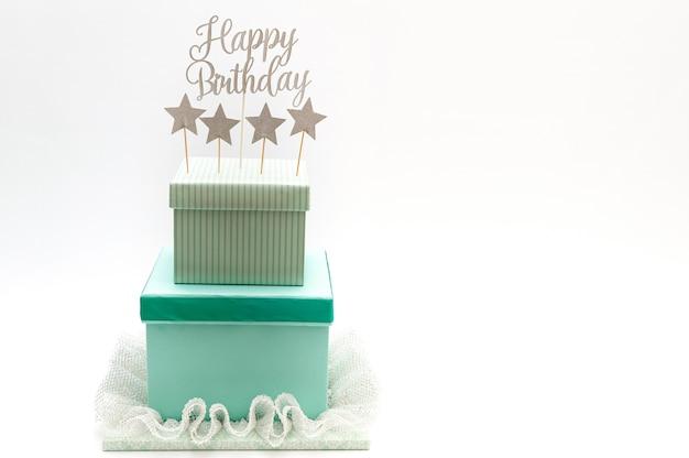 Geburtstagstorte mit kisten gemacht