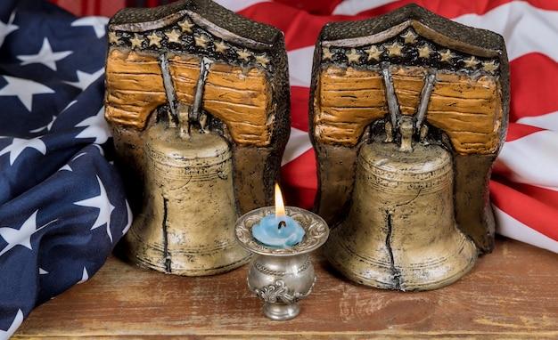 Gedenkfeiertag memorial day for military america mit serviert mit kerzengedächtnis