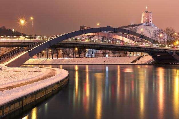Gediminas tower und mindaugas bridge, vilnius