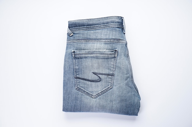 Gefaltete jeans. jeansmuster, blue jeans