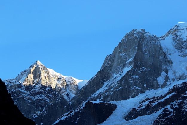 Gefrorene berge Premium Fotos