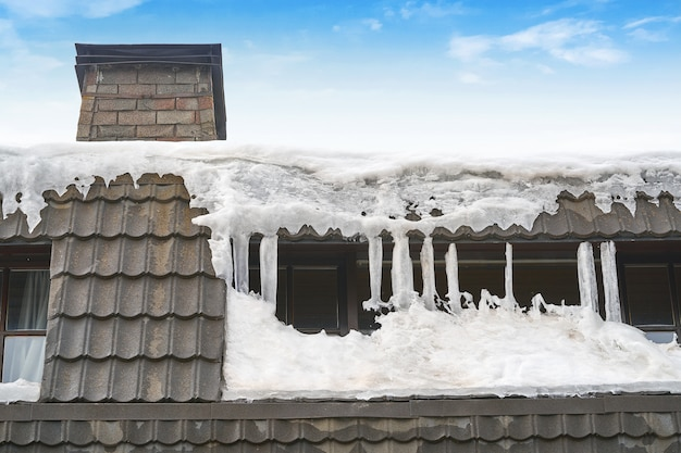 Gefrorener dachnahaufnahmedetailhintergrund