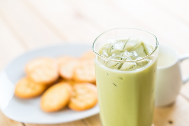 Gefrorenes matcha latte