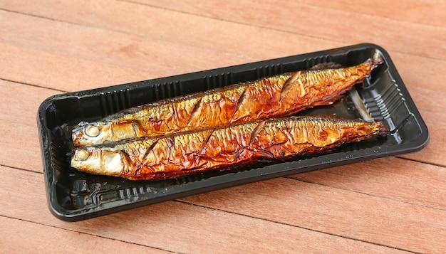 Gegrillter japanischer sanma fisch, japanisches cuiseine