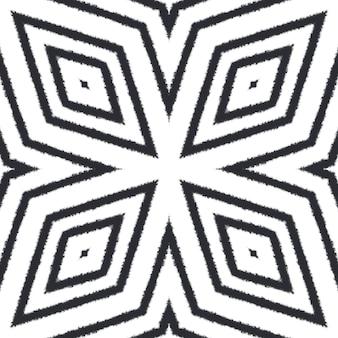 Gekacheltes aquarellmuster. schwarzer symmetrischer kaleidoskophintergrund. handgemaltes gekacheltes aquarell nahtlos. textilfertiger uriger druck, bademodenstoff, tapete, verpackung.