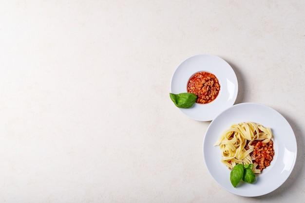 Gekochte spaghetti bolognese