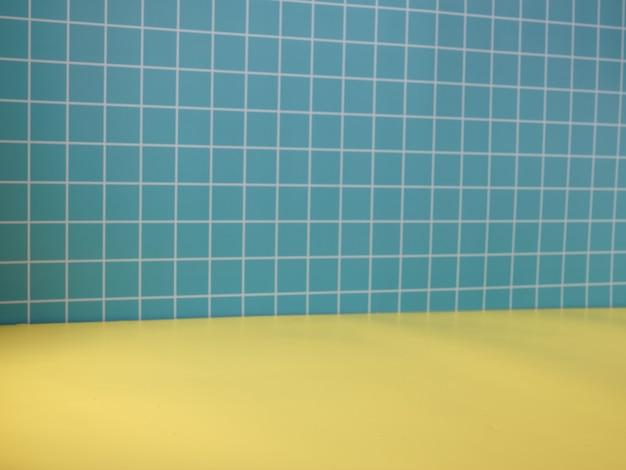 Gelb-blauer hintergrund für die produktpräsentation