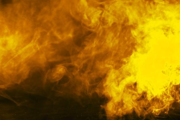 Gelb gruseliger rauch