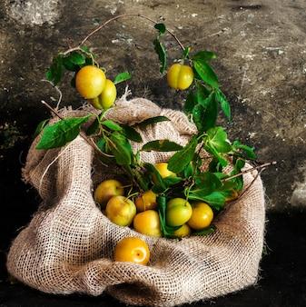 Gelbe wilde pflaumen