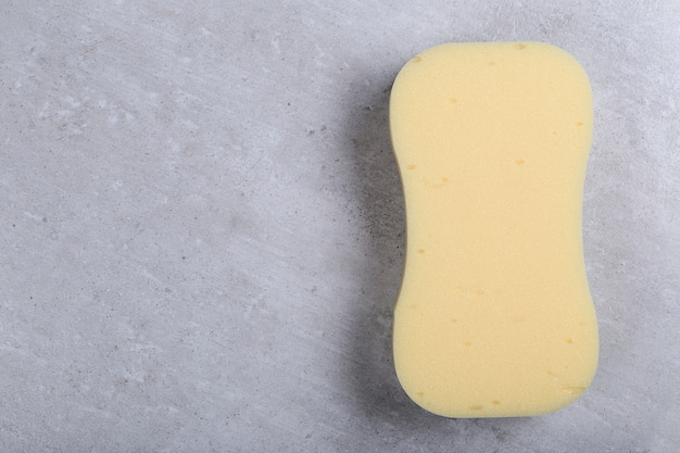 Gelber kurviger schwamm