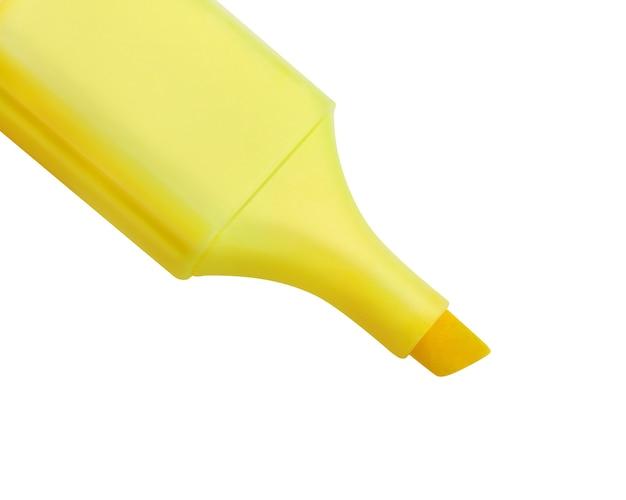 Gelber textmarker lokalisiert auf weißem hintergrund