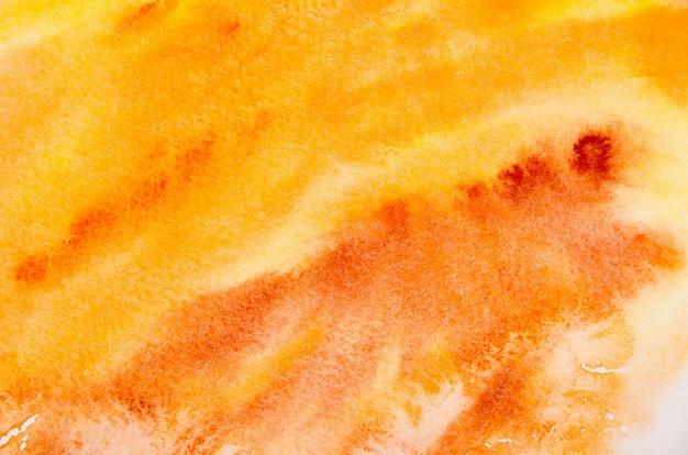 Gelbes aquarell auf papier