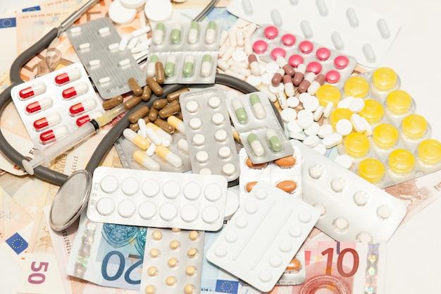 Geld für gesundheitsmedikamente