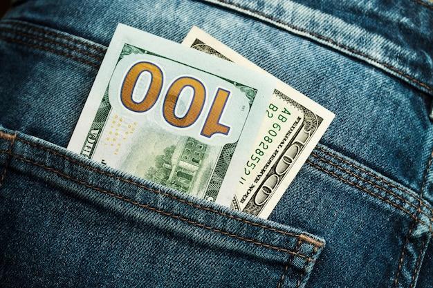 Geld in der jeanstasche, zweihundert-dollar-scheine