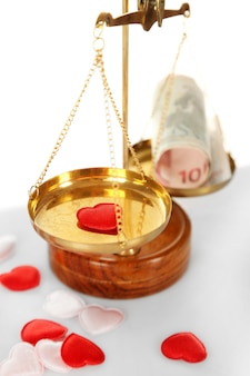 Geld und herz in waage