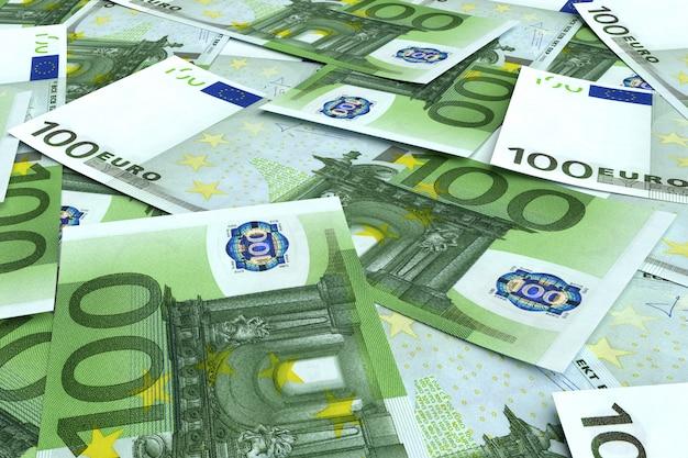 Geld von vielen euro