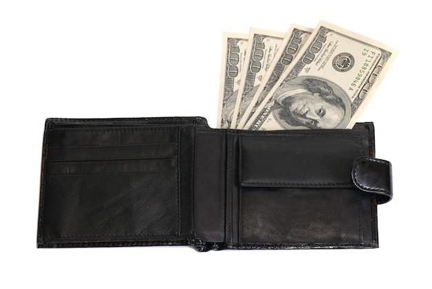 Geldbörse mit dollar auf weißem hintergrund