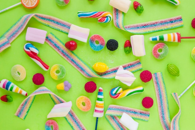 Gelee-streifen, marshmallow und lutscher