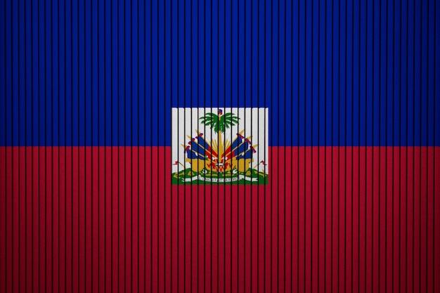 Gemalte staatsflagge von haiti auf einer betonmauer