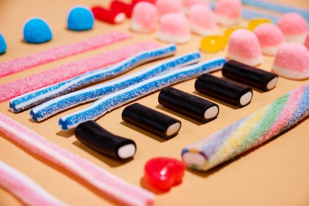 Gemischte bunte bonbons gelees
