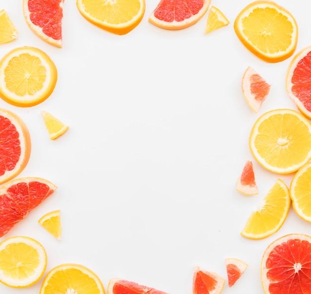 Gemischte bunte zitrusfruchtstücke