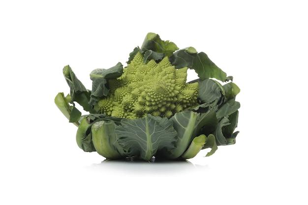 Gemüse auf einer weißen oberfläche