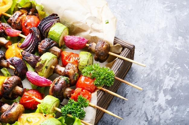 Gemüse gegrillte spieße
