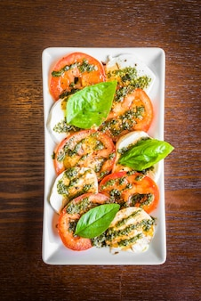 Gemüse grün rot platte hintergrund