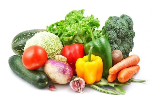 Gemüse isoliert auf weiß