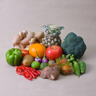 Gemüse landwirtschaft zitrone orange reif