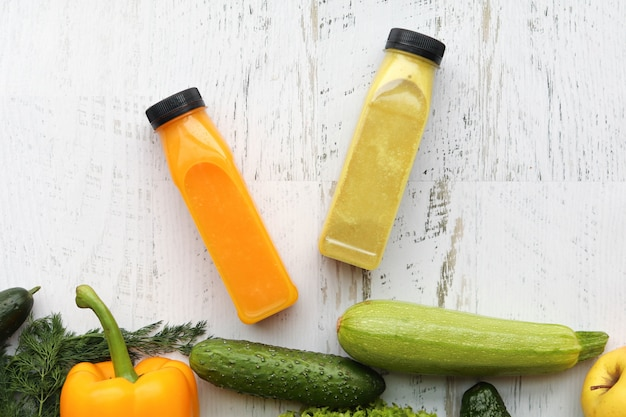 Gemüse- und fruchtsmoothies zur gewichtsreduktion und gesundheit