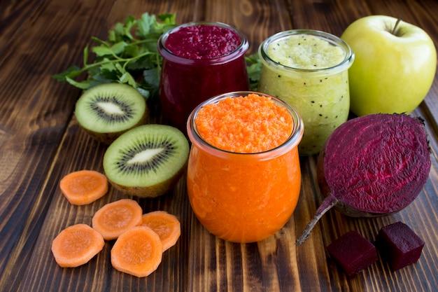 Gemüse- und fruchtsmoothies