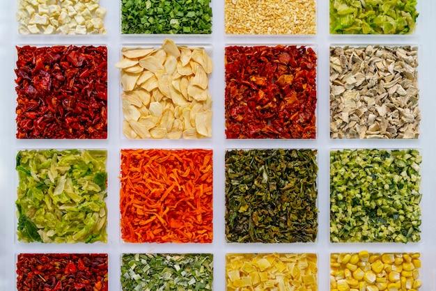 Gemüsegewürze zum kochen. traditionen in asien.