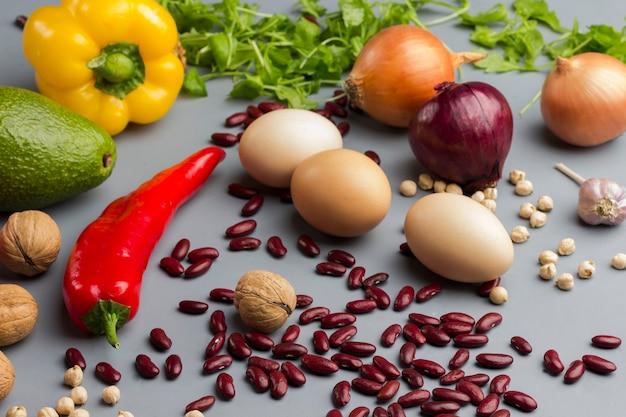 Gemüseset für eine ausgewogene ernährung.