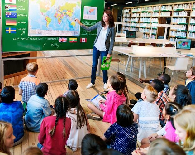 Geographie-weltweites forscher-kontinent-land-konzept