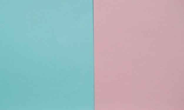 Geometrische ebene des blauen und rosa pastellfarbpapiers legen zwei hintergründe nebeneinander an