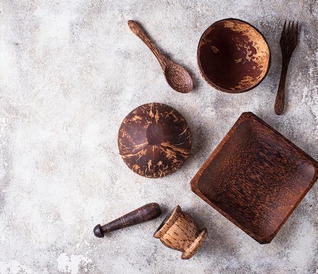 Gerichte aus kokosnussschalen