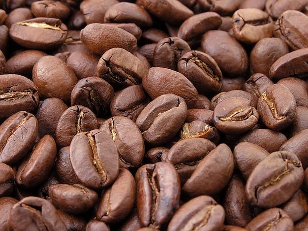 Geröstete aroma kaffeebohnen braun