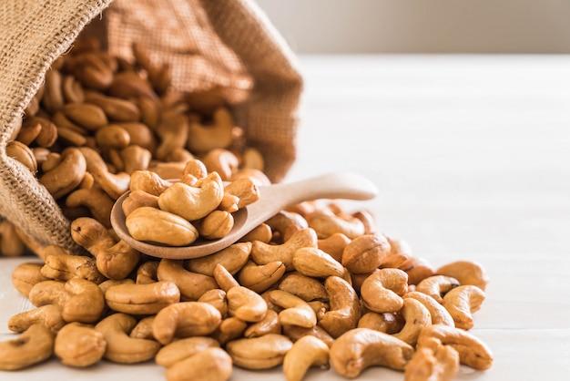 Geröstete cashewnüsse