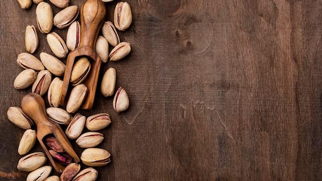 Geröstete pistazien nüsse draufsicht kopienraum