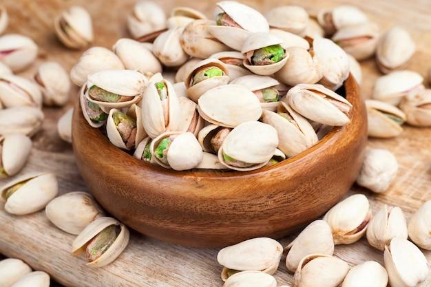 Gesalzene und geröstete pistazien