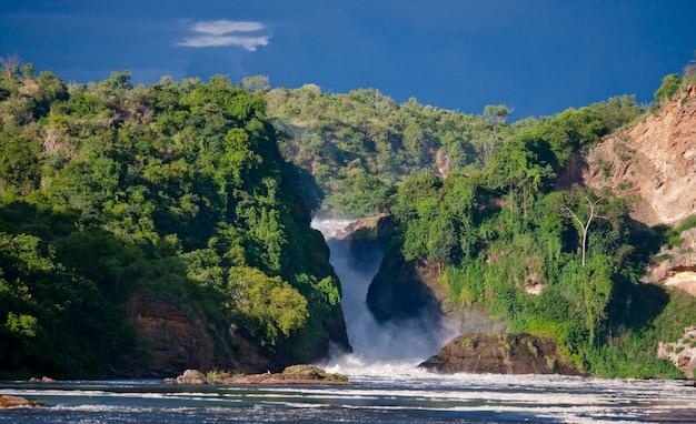 Gesamtansicht der malerischen murchison falls