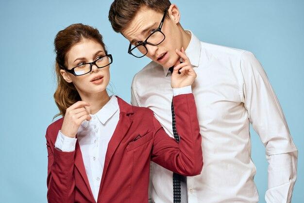Geschäft junges paar beamte büro team büro blau