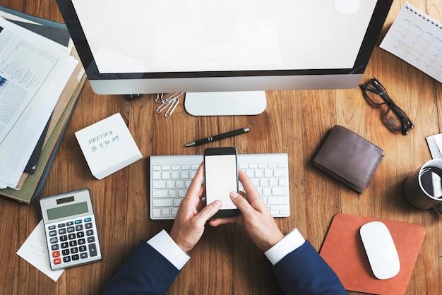 Geschäfts-gegenstand-büro-arbeitsplatz-schreibtisch-konzept