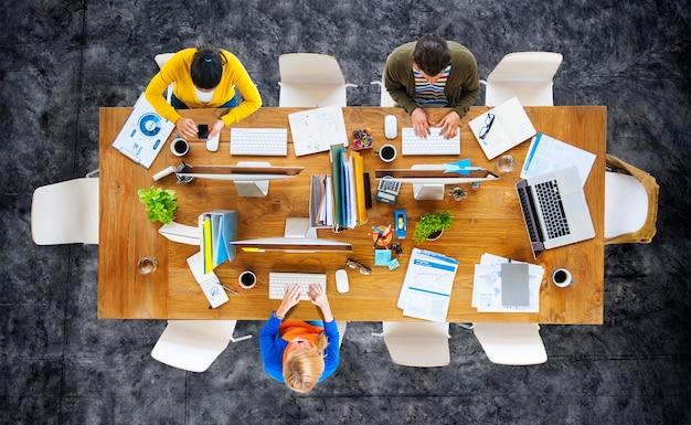 Geschäfts-leute-büro-arbeitsplatz des arbeits-konzeptes