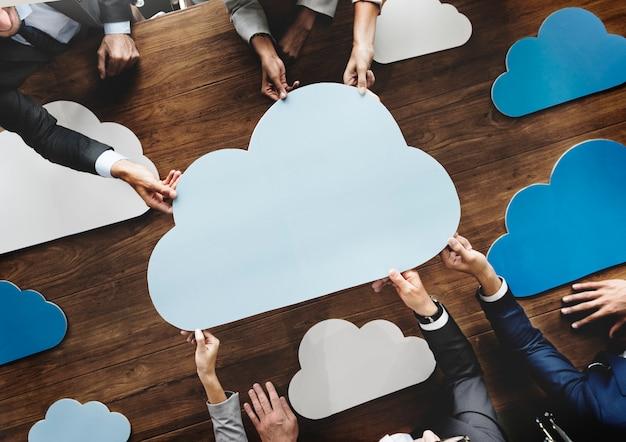 Geschäfts-team-meeting-diskussions-arbeitskonzept