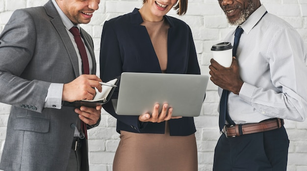 Geschäfts-team working research planning-konzept