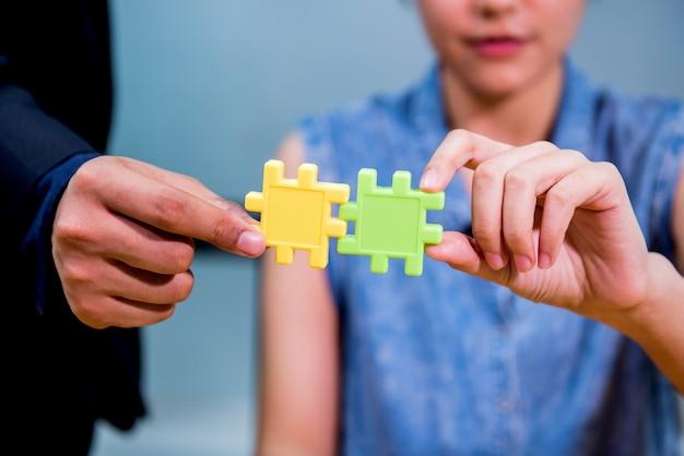 Geschäfts- und teamarbeit für leistung kpi und ziel